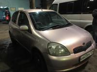 Toyota Vitz 2001 КРАСНЫЙ