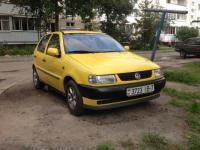 Volkswagen Polo Хетчбэк 1.6 1998 с пробегом
