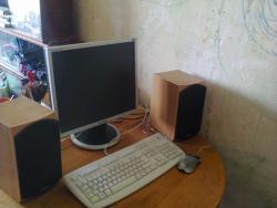 Компьютер asus с монитором, мышкой, клавиатурой и колонками!!!
