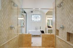 Мозаика из природного камня от производителя для ванных комнат.