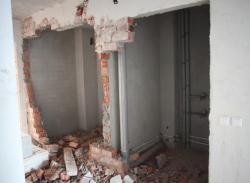 Демонтаж стен, демонтаж проемов, перегородок в Сургуте