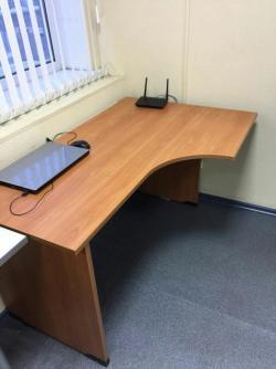 Продам письменный стол!