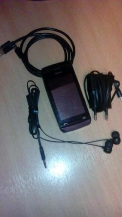 Продам телефон Nokia asha 305