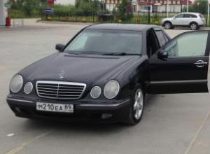 Mercedes-Benz E 1999