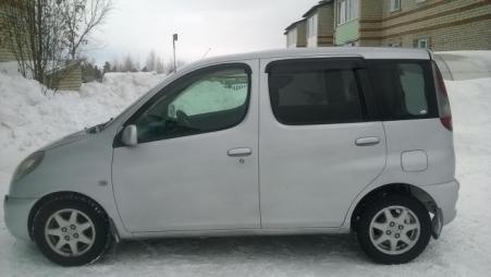 Toyota Funcargo