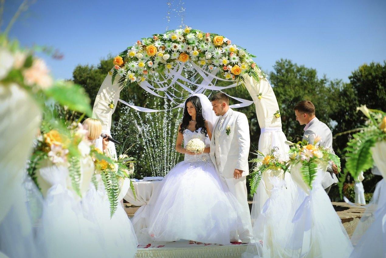 Александровский сад фото на свадьбу